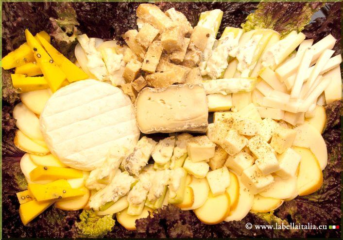 Panier de fromages - La Bella Italia Traiteur Italien Bruxelles